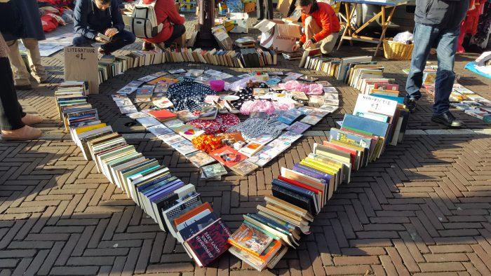 Herz aus Büchern